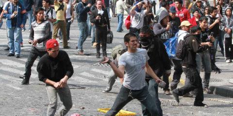 PRI-condena-violencia-durante-protesta-1744226